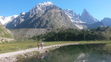 モンブラン山群コンバル湿原ヨーロッパ夏山トレッキング