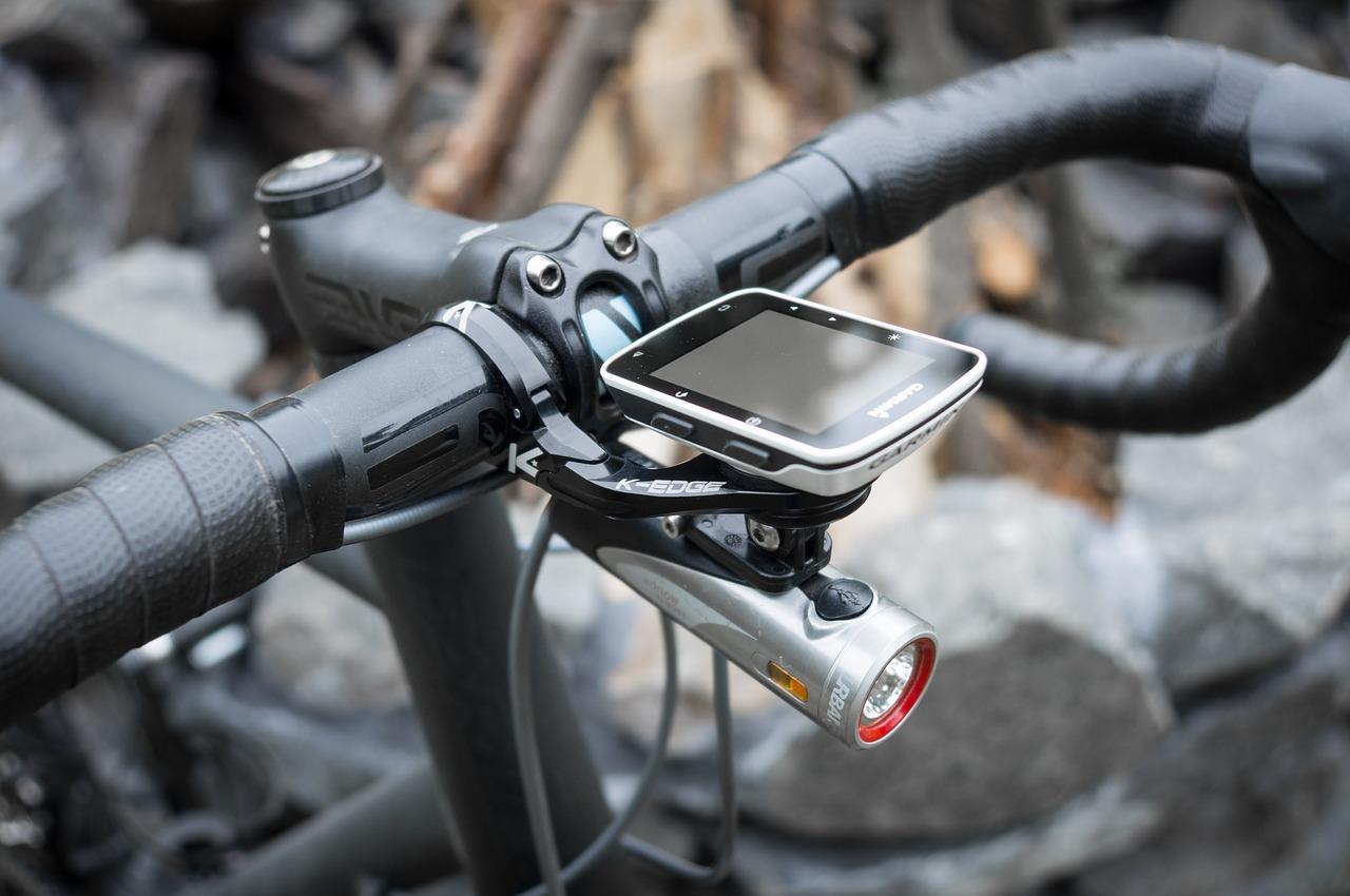 ロードバイクハンドルサイコン