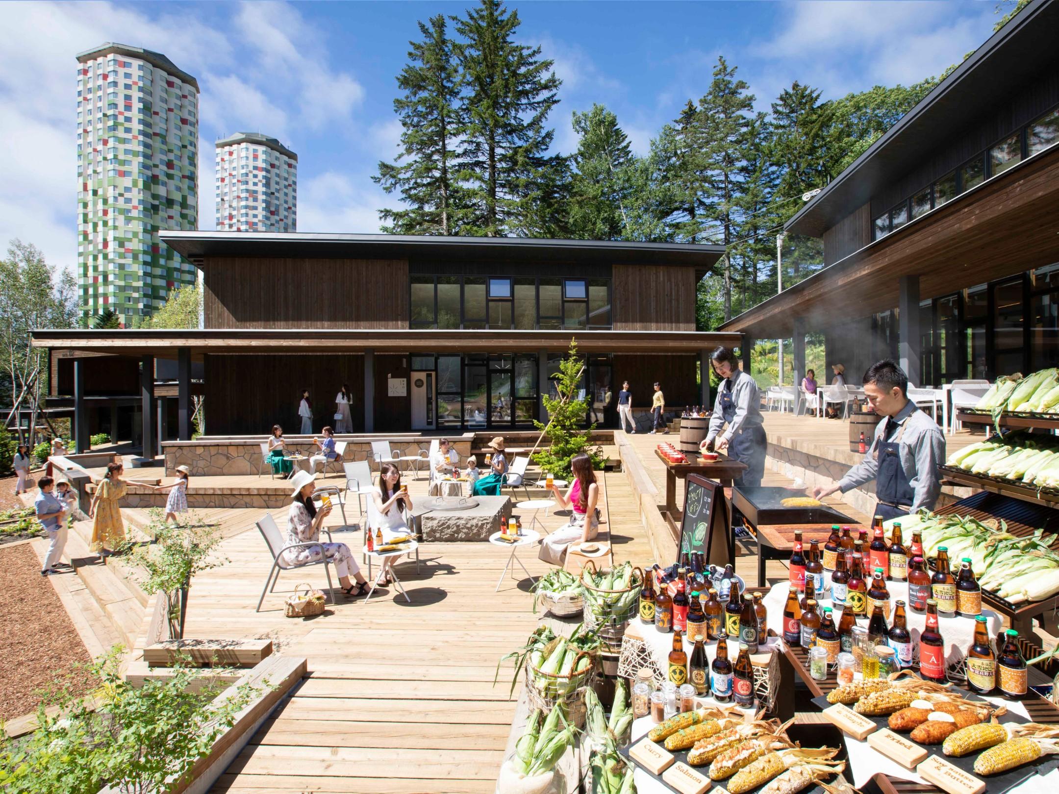 トマム 夏の北海道でとうきびとビールを楽しむイベント 「とうきビアガーデン」を今年も開催