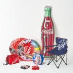 プールや海、アウトドアレジャーに映える! 「コカ・コーラ」のうきわやレジャー用品が登場