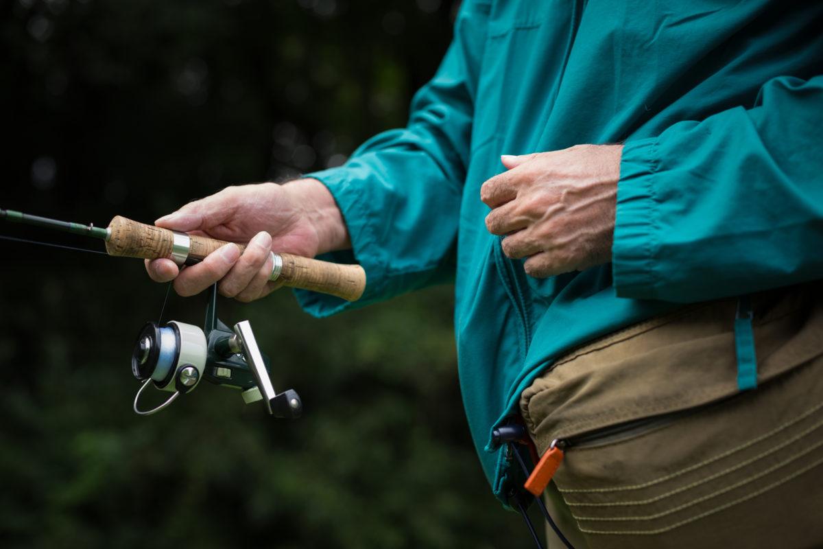 雨の渓流釣りに必要な装備