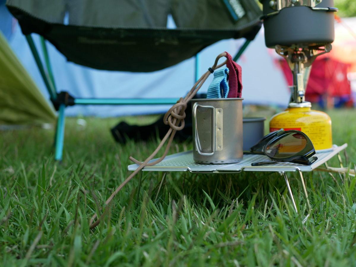 ソロキャンプ&サブテーブル向き!軽量でコンパクト収納可能なミニテーブル