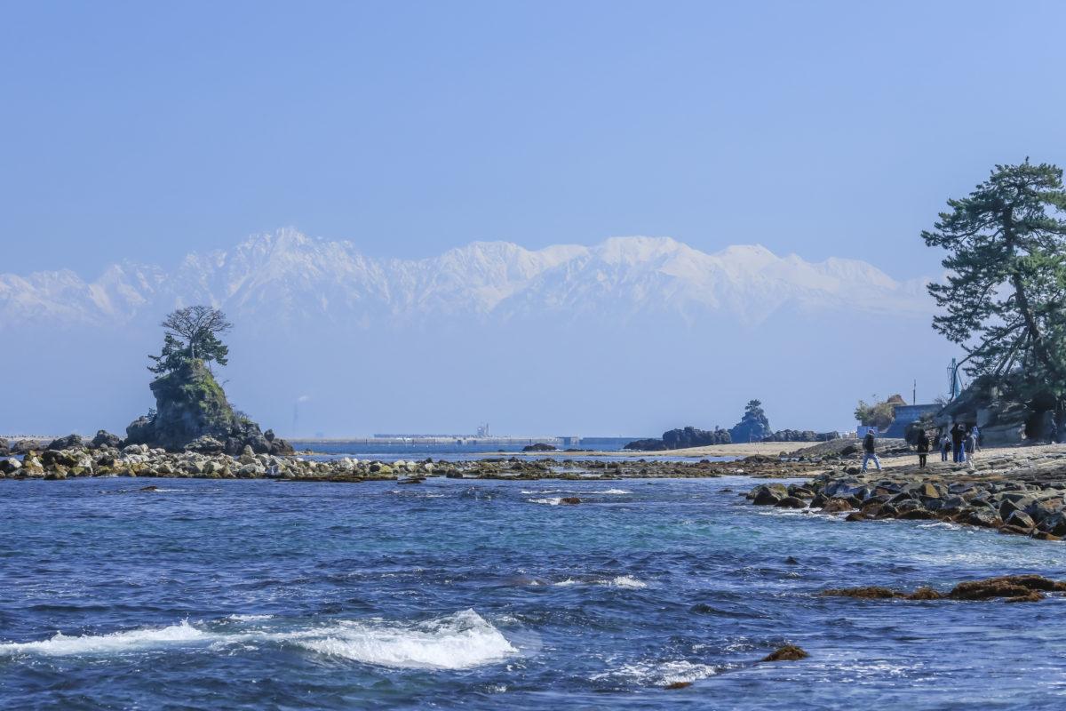 富山県のおすすめビーチ10選!富山ならでは楽しみが豊富な厳選ビーチ
