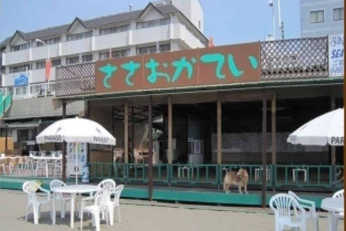 笹岡亭 江ノ島 海の家 海水浴 ビーチ