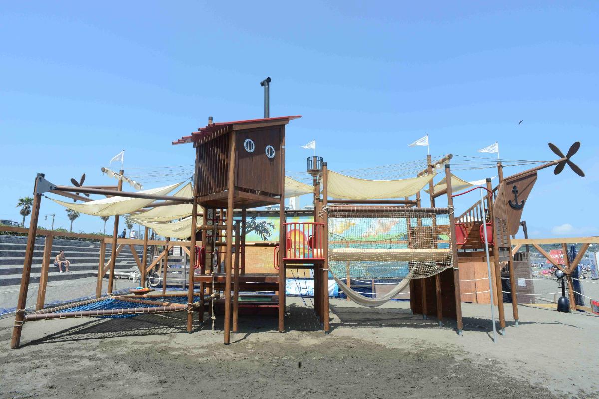 ちびっこBEACH SAVERパーク 江ノ島 海の家 海水浴 ビーチ