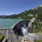 黒部ダムで 6月26日より立山黒部シーズンウォークがスタート!マイナスイオンを浴びながら、 虹とハートの絶景コラボに出会えるスポットへ