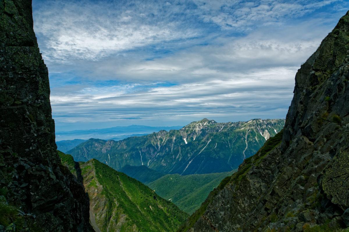 日本の秘境、白川郷側(東側)からの白山登山をご紹介
