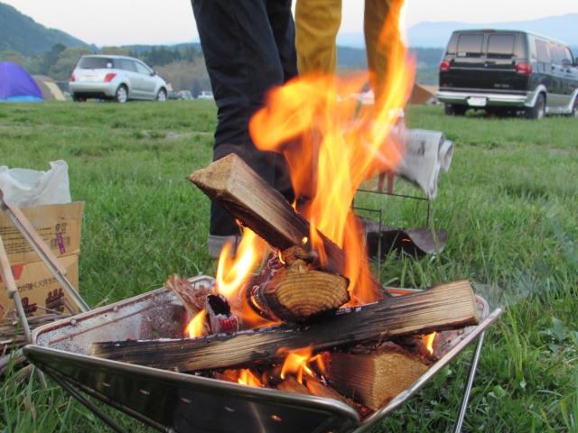 火起こしの方法 キャンプ バーベキュー