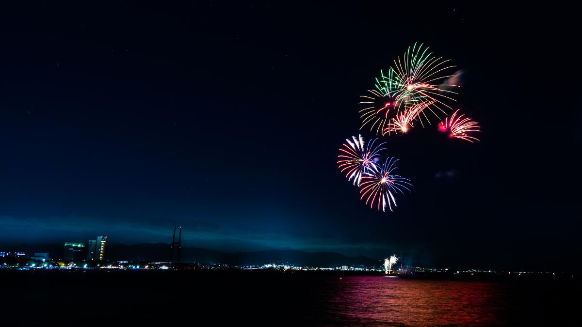 大阪湾の花火 タルイサザンビーチ 大阪