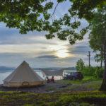 まるで北欧気分!北海道の朱鞠内湖畔キャンプ場は景色と釣りが楽しめる
