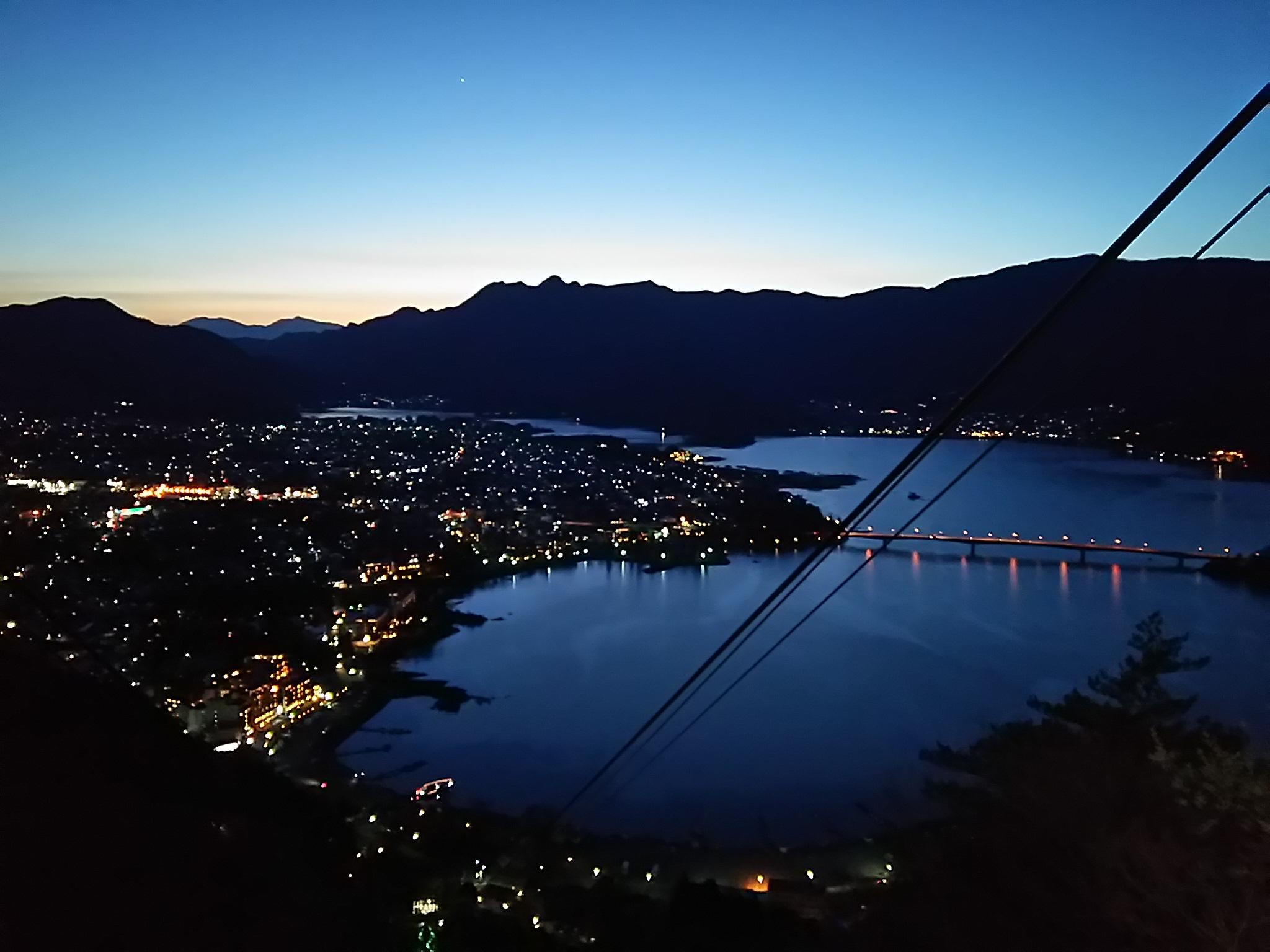 河口湖・富士山パノラマロープウェイ、お盆期間は毎日夜間延長営業