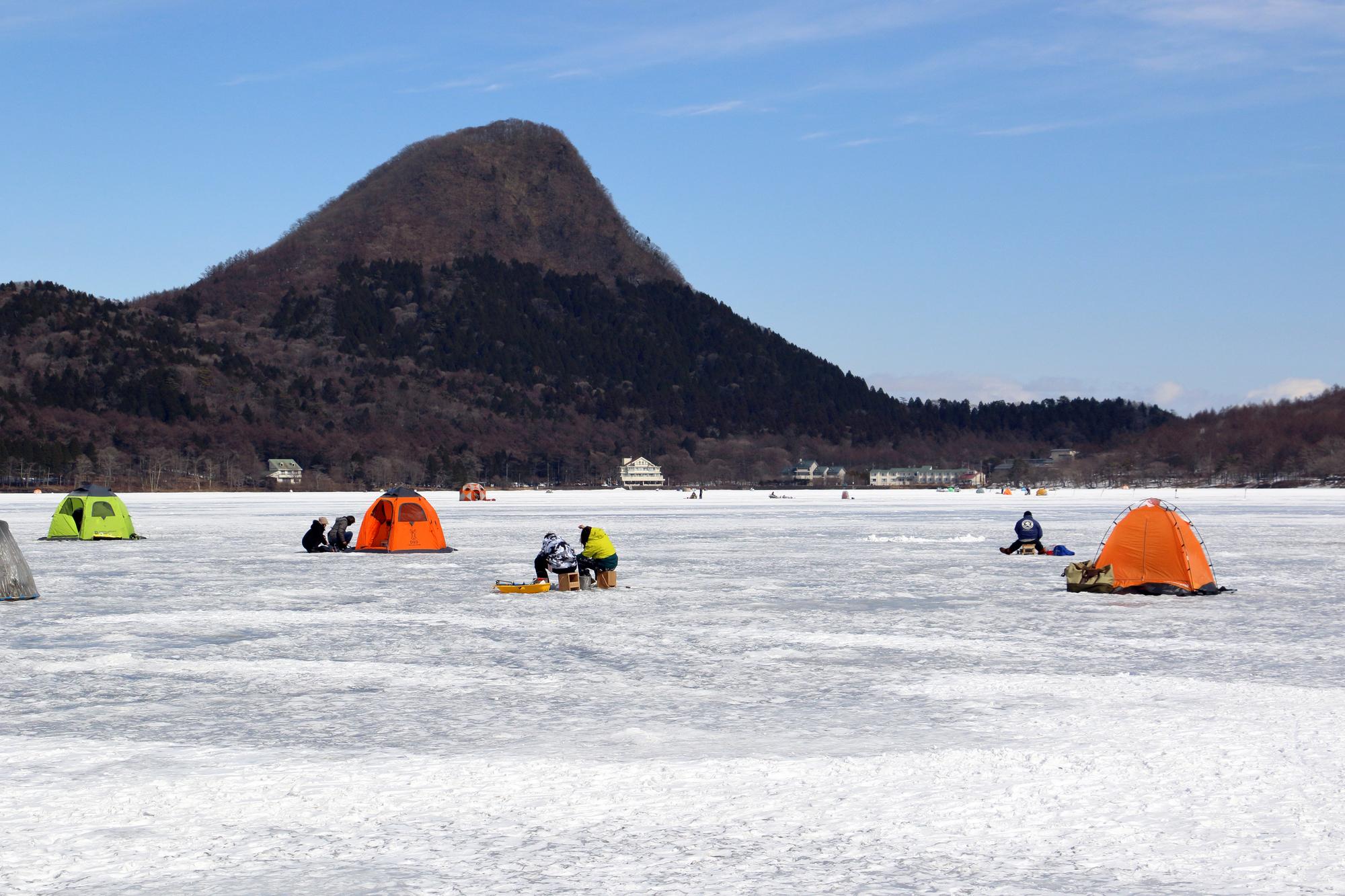 群馬のワカサギ釣りなら榛名湖!榛名湖でワカサギ釣りを楽しむ方法は?