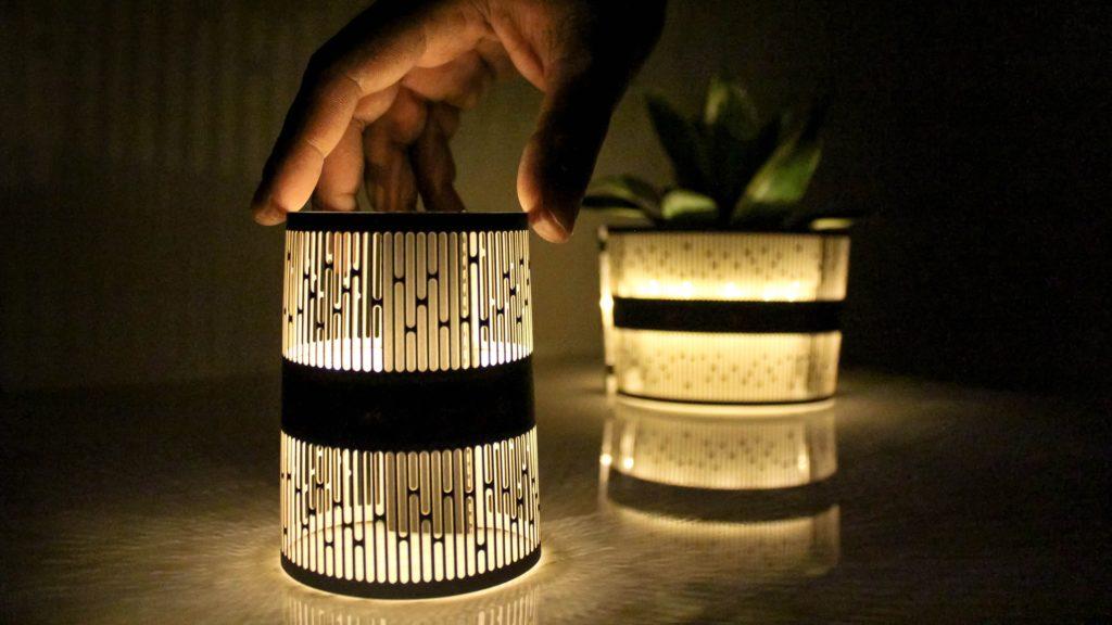 小型ランプ「Diah」