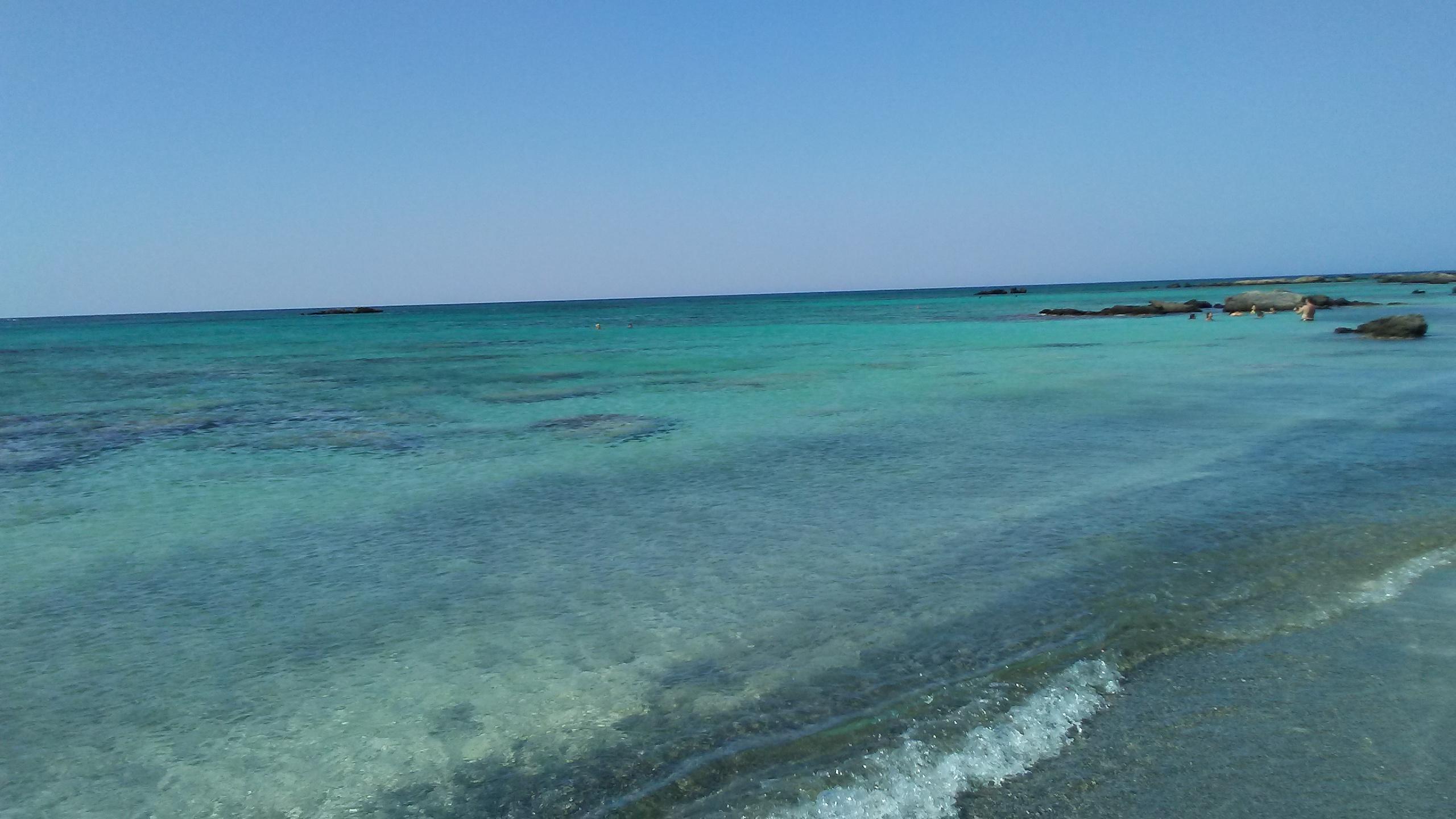 エラフォニシビーチ ギリシャ