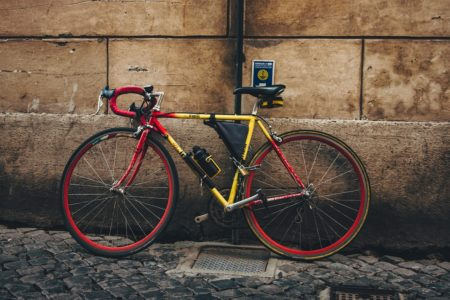 ロードバイクとクロスバイクどっちがいい?特徴から最適な自転車を選ぼう