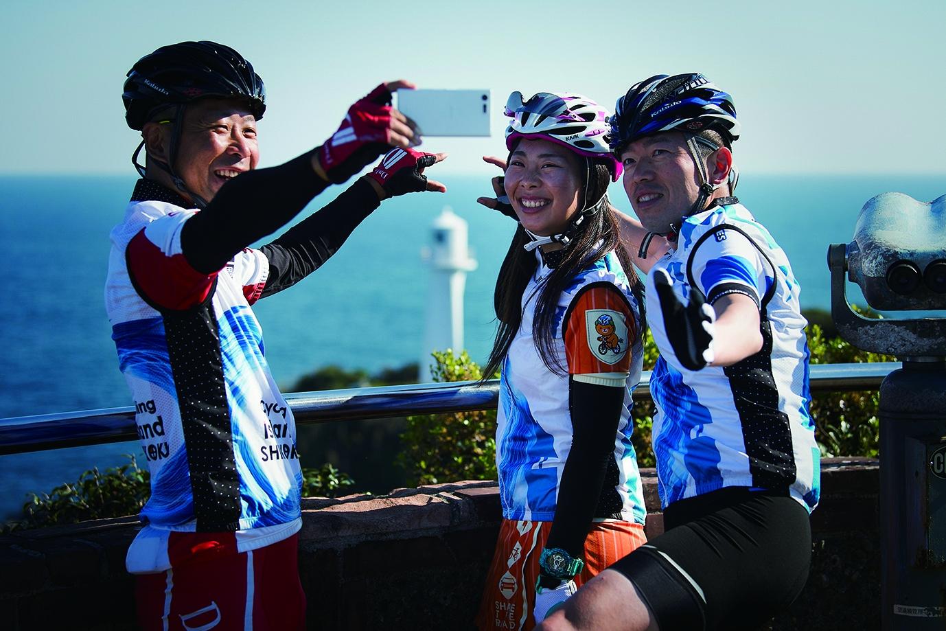 四国一周サイクリング×伊予鉄トラベル「チャレンジ!四国一周サイクリングバスツアー」開始