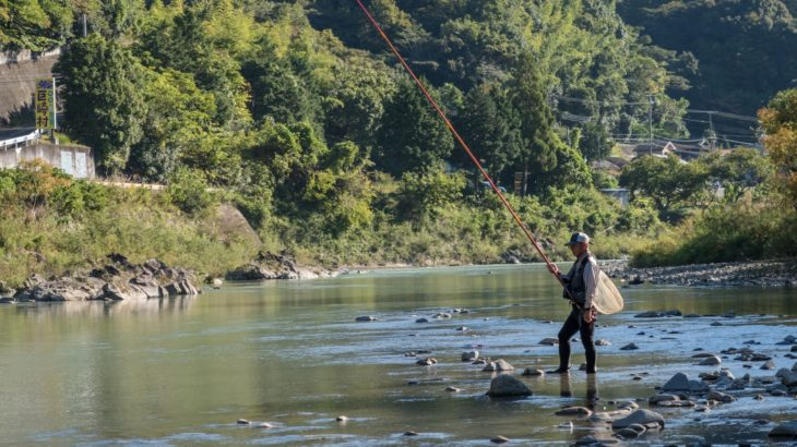 鮎釣り初心者におすすめの竿は?選ぶ際のポイントを紹介します!