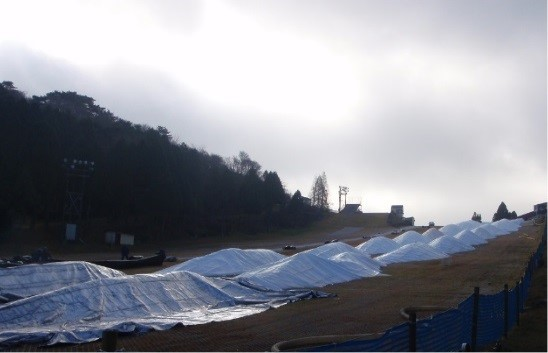 六甲山スノーパーク雪づくり