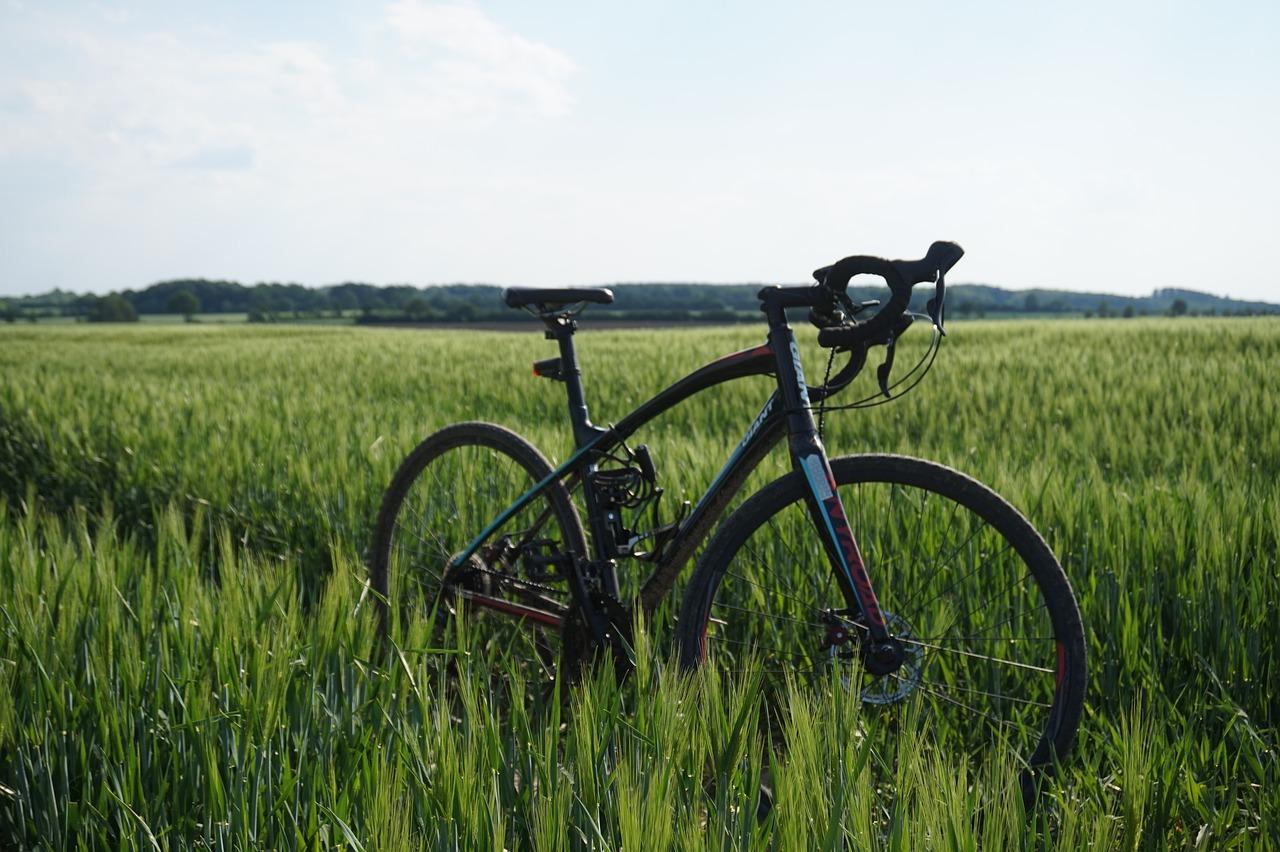 ロードバイク アルミ