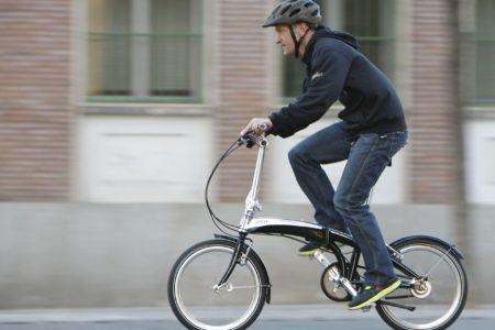 街乗りなど利便性抜群の折りたたみ自転車の使いかたとおすすめをご紹介!