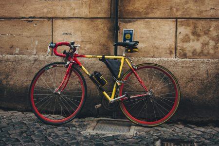 安いロードバイクも可?初心者や通勤には5万円以下でもOK、その理由は?