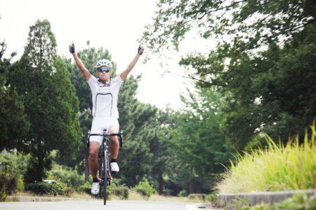 めざせ100km完走!ロードバイクでロングライドを楽しむコツとは?