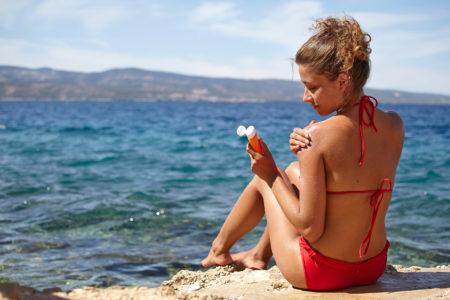 サンゴの白化を食い止めろ!ついにハワイで日焼け止めが使用禁止に?