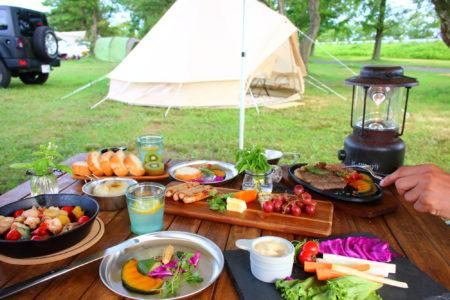 キャンプ食器は収納性・デザイン・素材が大切!おすすめの食器10選