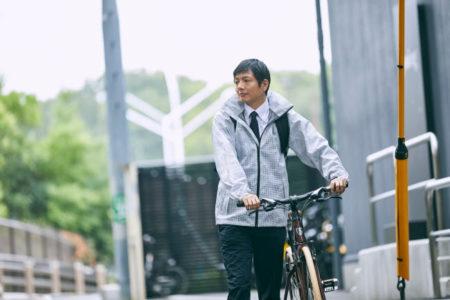 驚異の視界!⾬の自転車が驚くほど安全・快適になる、特許技術採用のレインウェア『PIRARUCU(ピラルク) レインシェイカー』が、クラウドファンディング「Makuake」で先行販売開始!