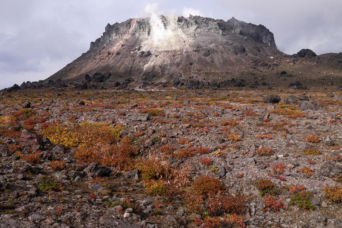 北海道 樽前山 溶岩ドーム