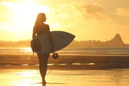 日焼け止めは塗る派?飲む派?サーフィンにおすすめの日焼け止めをご紹介