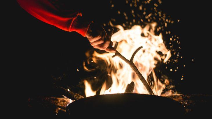 焚き火テーブルでキャンプがランクアップ!必ず買いたいテーブル5つ