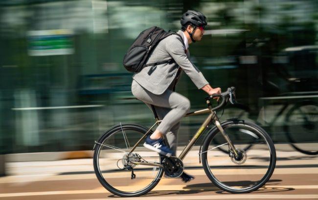 LOUIS GARNEAU(ルイガノ)のMULTIWAY700(マルチウェイ700)販売【毎日の通勤・通学にも安心・安全に使用できる、デイリーユースに最適なスポーツバイク】