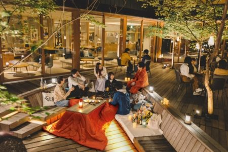 アウトドアリビングこたつ(EQUALS)と着る電気毛布をTAMARIBA(星野リゾートBEB5 軽井沢)で体験