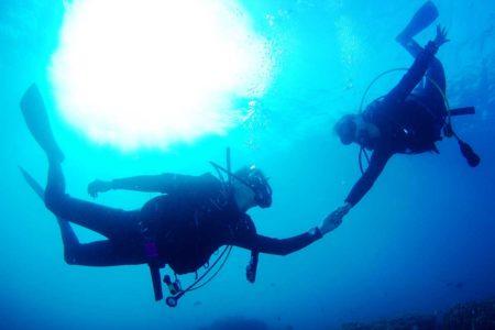 ダイビング中のパニックを克服するには?対処法を知って事故を防ごう