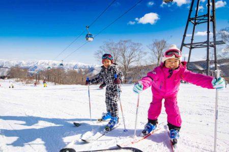 雪遊び・スノーレジャーに必要な持ち物&雪デビューの注意点