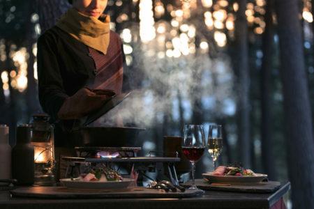 グランピングリゾートでジビエと旬食材を堪能  富士山麓の森で季節を感じる「春の狩猟肉ディナー」星のや富士で提供開始