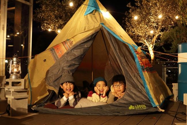 女子キャンプとファミリーで楽しむアーバンキャンプ