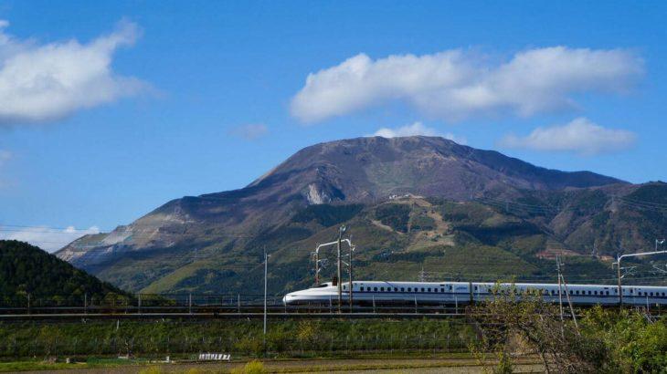 絶景で知られる百名山のひとつ「伊吹山」!その魅力とルートをご紹介!