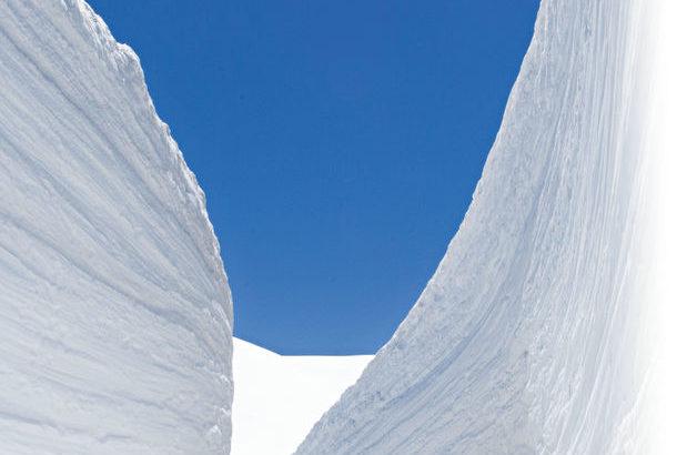 立山黒部アルペンルート全線開通! 大暖冬にも負けず、立山は積雪十分