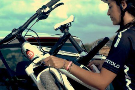 自転車からサーフボードまで搭載可能な多機能カーキャリア「イージーストラップ」販売開始