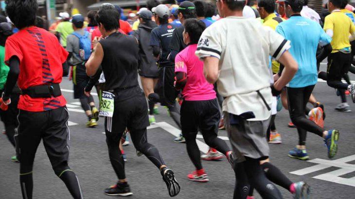 ナイキ「厚底シューズ」の実際の履き心地は?フルマラソンを走った実体験をレポート
