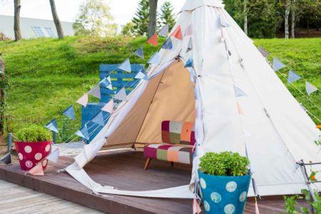 キャンプを盛り上げて楽しくするおすすめキャンプソファのご紹介!
