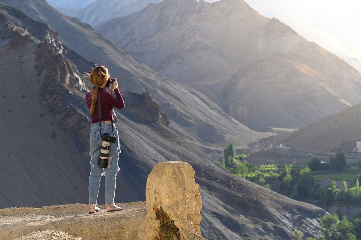 登山 ミラーレスカメラ