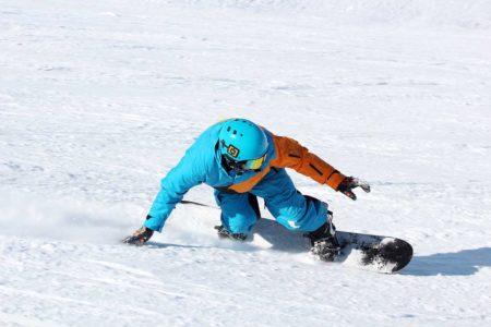 スキー・スノーボード用プロテクターでケガなく安全にすべりたい!タイプ別のおすすめをご紹介