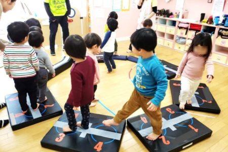 日本デフビーチバレーボール協会(DBVA)、0歳からのスポーツ保育「ベビスポ」プロデュース【運動音痴は2歳までに決まる】