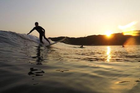 地元サーファーがおすすめする福岡エリアのサーフポイント&体験スクール