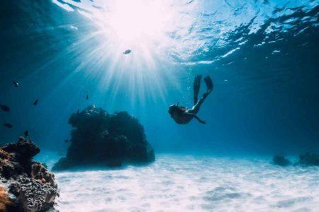 フリーダイビングで息が続かない?ヨガの呼吸法を学ぼう