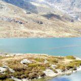 スイスのトレッキング コース魅惑のラーゴ・ビアンコ(白い湖)
