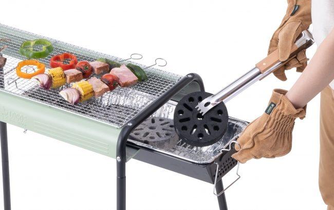 LOGOSの「お手入れ簡単モダングリル」はスライド&外せる火床で炭足し・お掃除簡単の多機能BBQグリル!